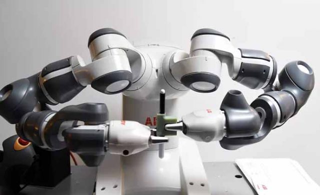 Bitki Gibi Büyüyebilen Esnek Robot